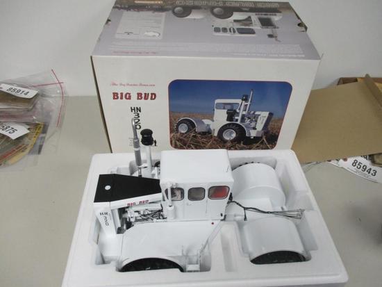 85943 Big Bud HN 320, NIB, 1/16 scale