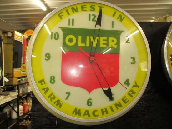 """85284 - Oliver Finest w/ Farm Machinery lighted, plastic 16 1/2"""" circle"""