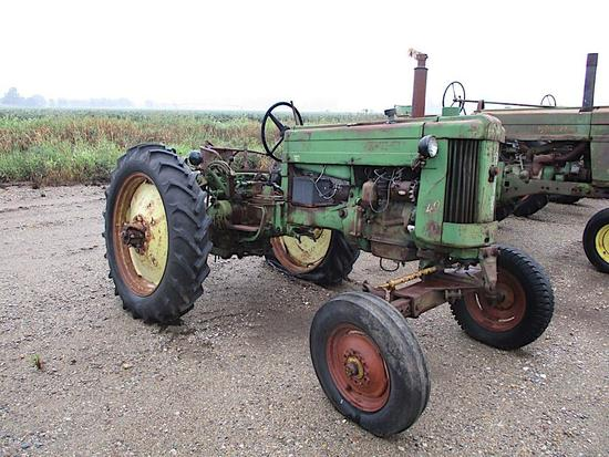 97048- JD 40 T TRACTOR