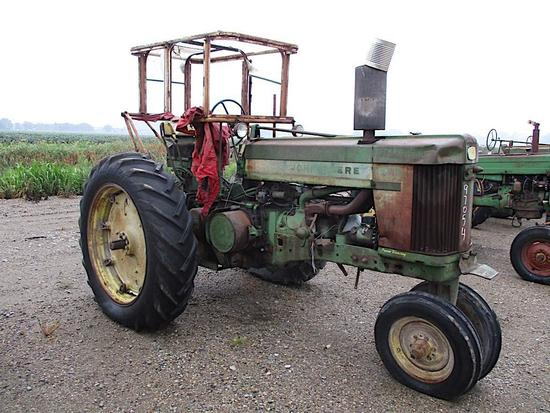 97054- JD 620 TRACTOR