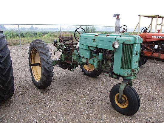 97198- JD 40 T TRACTOR