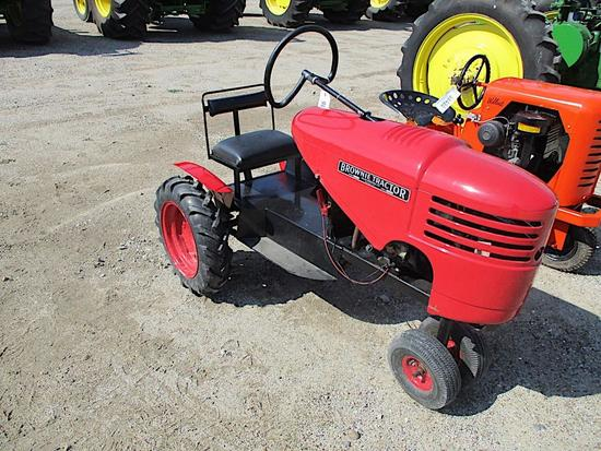 98481- BROWNIE TRACTOR