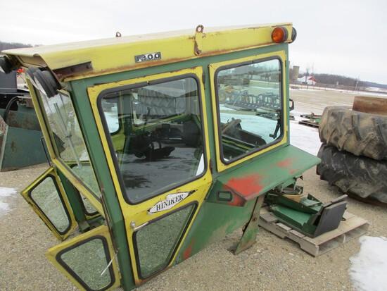3407-HINIKER CAB