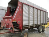 3650-MILLER PRO 4100 SILAGE WAGON