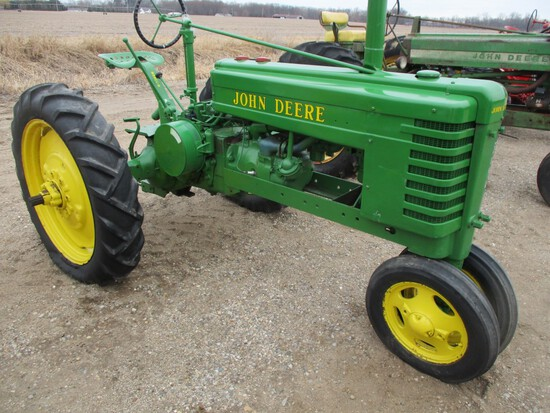 3040-JD H TRACTOR