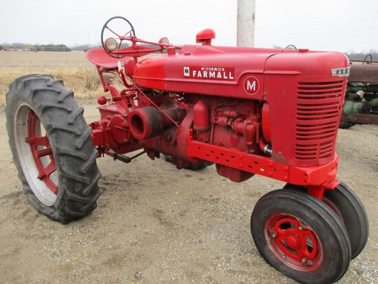 3270-IH M TRACTOR