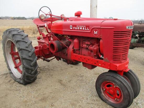 3270-IH M TRACTOR