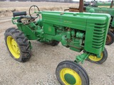 2756-JD M TRACTOR