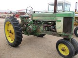 4028-JD 620 TRACTOR