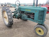 4386-JD STYLED B TRACTOR