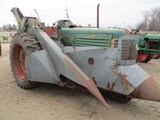 4841-OLIVER 88 TRACTOR