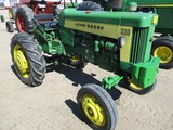 2809-JD 330 S TRACTOR