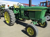 4244-JD 2520 TRACTOR