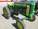 4368-JD 320 S TRACTOR