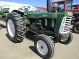 94474-OLIVER 990 TRACTOR