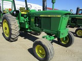 4698- JD 3020 TRACTOR