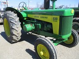 4752-JD 830 TRACTOR