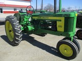 94581-JD 520 TRACTOR
