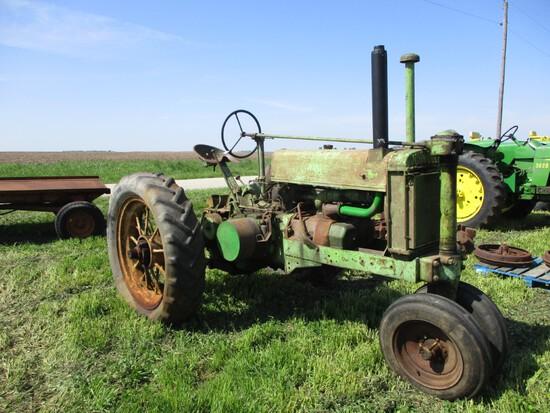 98728 - JOHN DEERE G, LOW RADIATOR