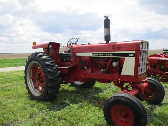 98765 - IH 686
