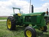 98781 - JOHN DEERE 4520