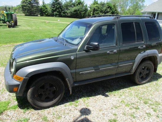 9456- JEEP LIBERTY, TRAIL RATED