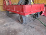 9546- FLAT TRACK HAY WAGON w/ HYDRAULIC TILT **(CONTENTS DO NOT SELL)