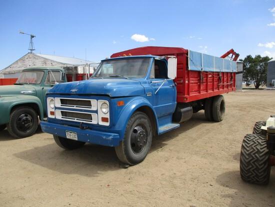 9095- CHEVY C-50 TRUCK