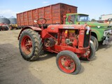 9128- IH W-30, ROUND SPOKES