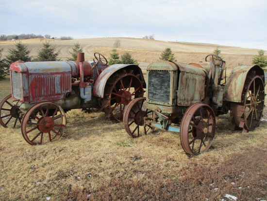 Phil Stroud Collector Tractor Auction - Day #1