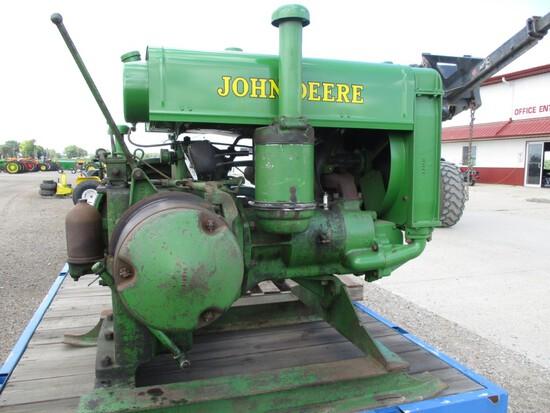 8160-JOHN DEERE W MOTOR