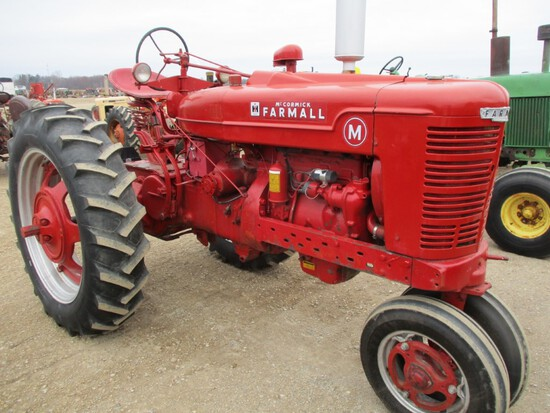 4448-IH M TRACTOR