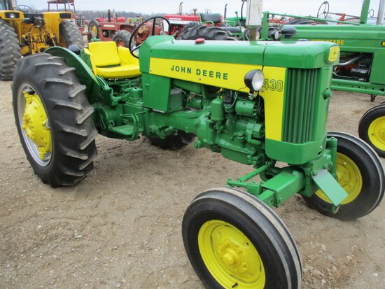 4922-JD 430 W TRACTOR