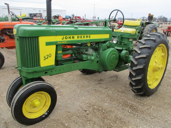 94478-JD 520 TRACTOR
