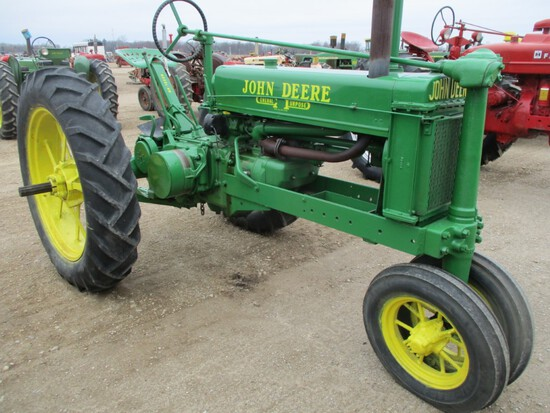 94514-JD B TRACTOR