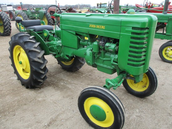 94597-JD M TRACTOR
