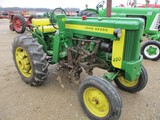 5845-JD 420 S TRACTOR