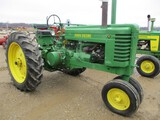 5856-JD G TRACTOR