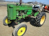 94677-JD 420 S TRACTOR