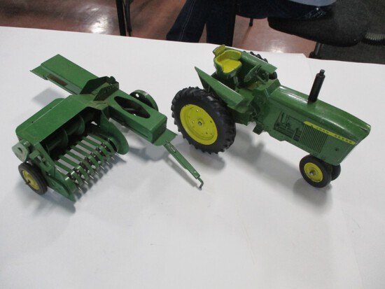 4290-ORIGINAL JD BALER, ORIGINAL NEW GEN TRACTOR, 1/16TH SCALE