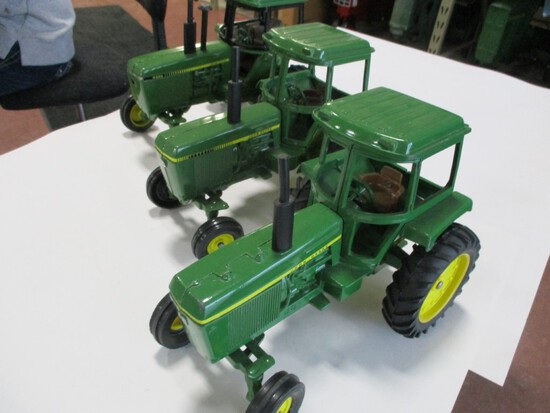 4298- (3) ORIGINAL JD 30 SERIES, 40 SERIES, 50 SERIES TRACTORS, 1/16TH SCALE