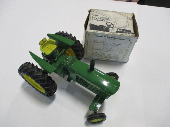 4435-ORIGINAL JD 4020 AND ORIGINAL ROLL GUARD IN BOX, 1/16TH SCALE