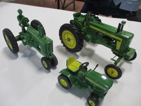 4439-ORIGINAL JD 140 L&G, ORIGINAL JD B W/ MAN, CUSTOM JD 720, 1/16TH SCALE