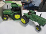 4805-JD UTLITY TRACTOR NIB, JD 40 SERIES TRACTOR NO CAB, 1/16TH SCALE