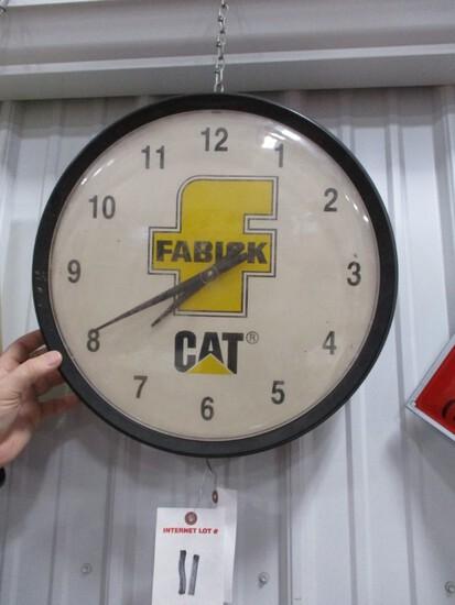 """3367- 16"""" CAT BATTERY CLOCK"""