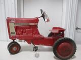 5340- INTERNATIONAL 806 PEDAL, ORIGINAL