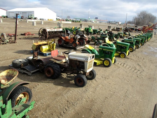 Annual Spring Collector Auction - APRIL 1st