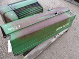 4927-JD 60 HOOD, GRILL ASSEMBLY