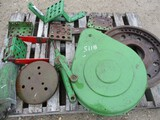 5118-PALLET OF JD TRACTOR PARTS