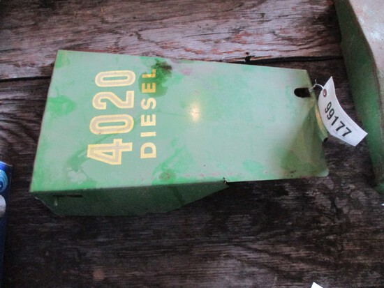 99177- JOHN DEERE 4020 SIDE SHIELD (1)